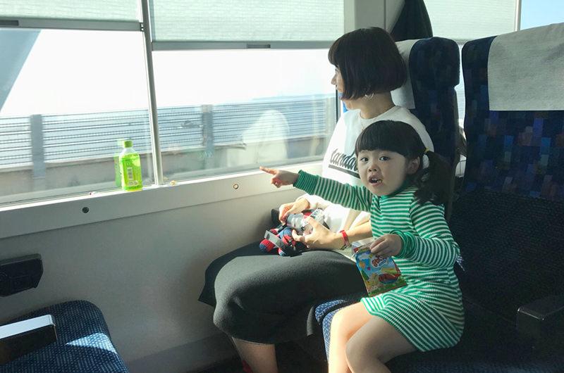 お子さんとの列車旅取材  (特急わかしお乗車時)