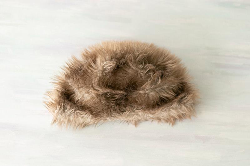 モコモコのファー帽子