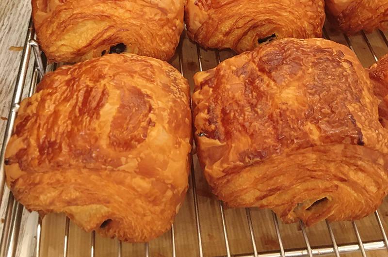 ブルディガラ エクスプレスのパン・オ・ショコラ