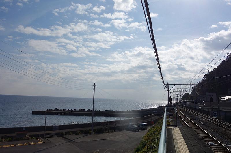 片瀬白田駅からの眺め