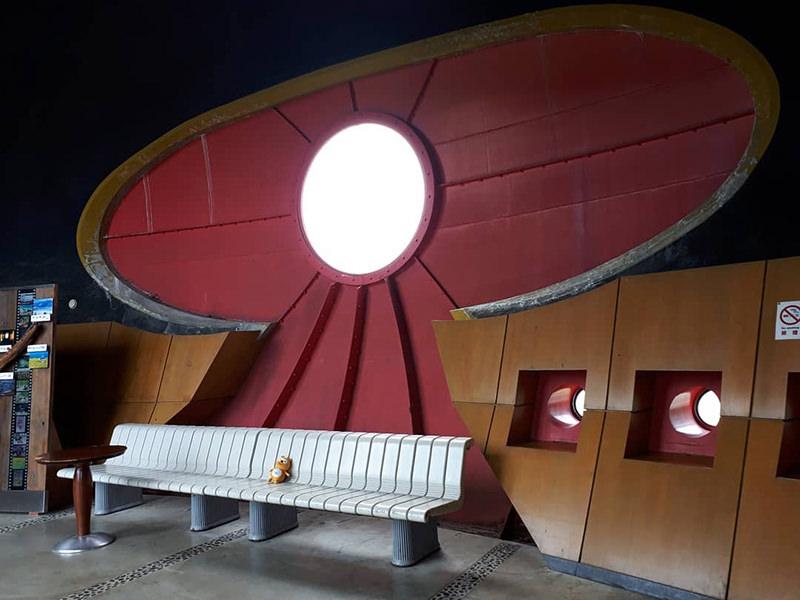 くびき駅の待合室
