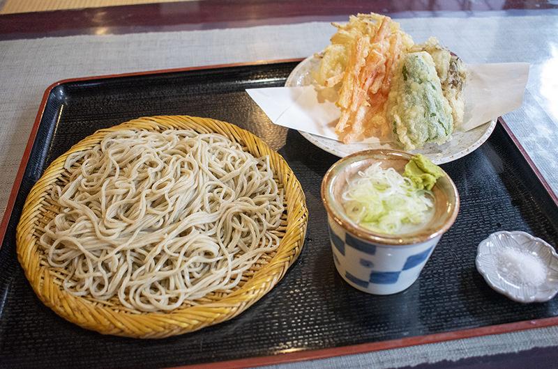 野菜の天ぷら 寒晒しそば