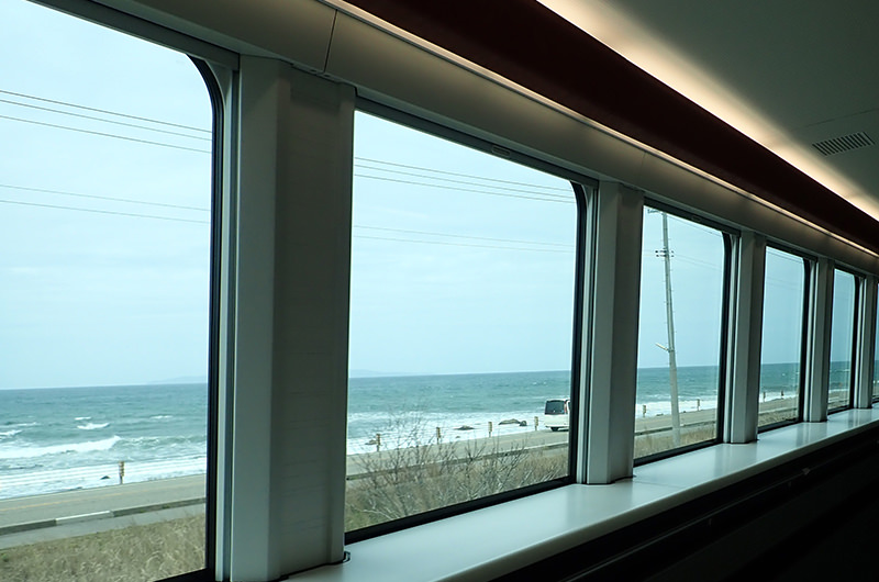 海里 村上駅から桑川駅間の車窓