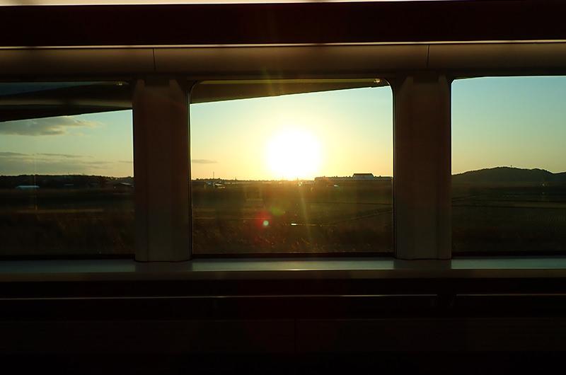 海里 村上駅から坂町駅間の車窓