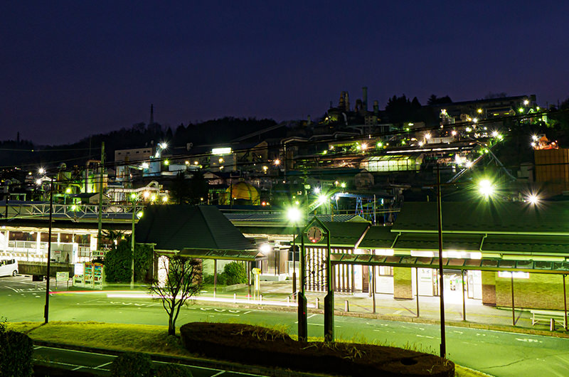 安中駅と安中製錬所の夜景