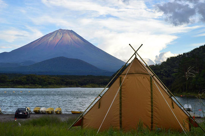富士山とキャンプ場