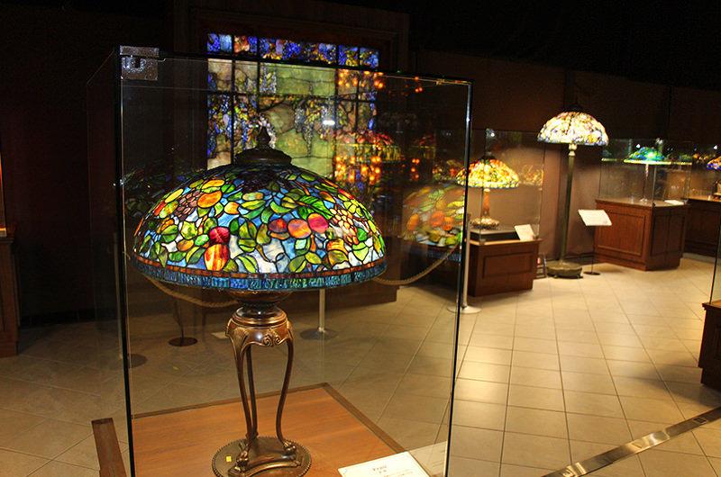 約120年前に作られたというティファニーのランプ