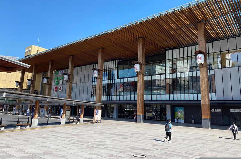 長野駅の大庇と列柱