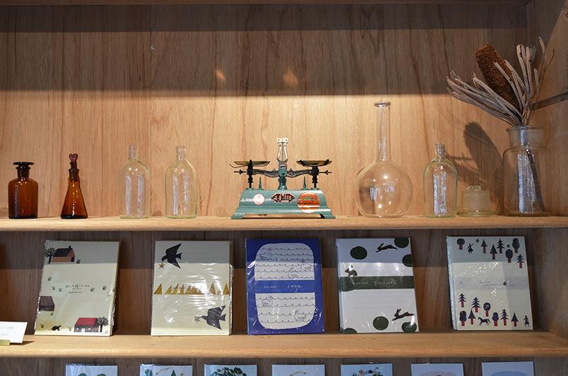 カフェと暮らしの雑貨店fumi 店内