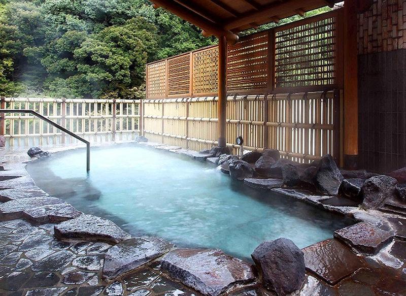 大浴場桂 露天風呂