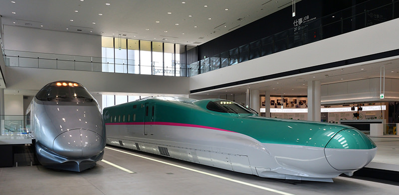 E5系・400系 (写真提供 / 鉄道博物館)