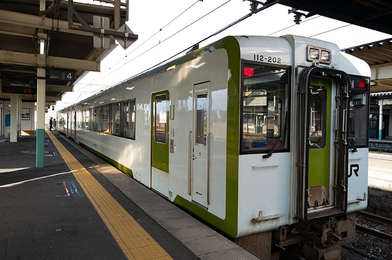 羽越本線 新津駅ホーム