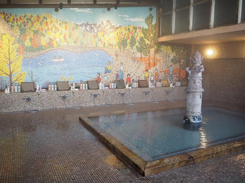 温もりの宿 辰巳館 大壁画風呂