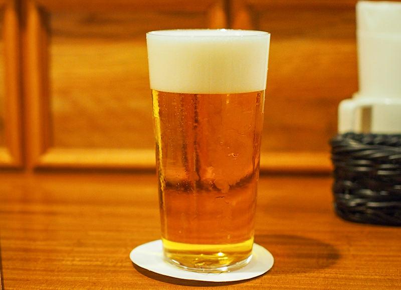 「スイングカラン」で注ぐ極上生ビール