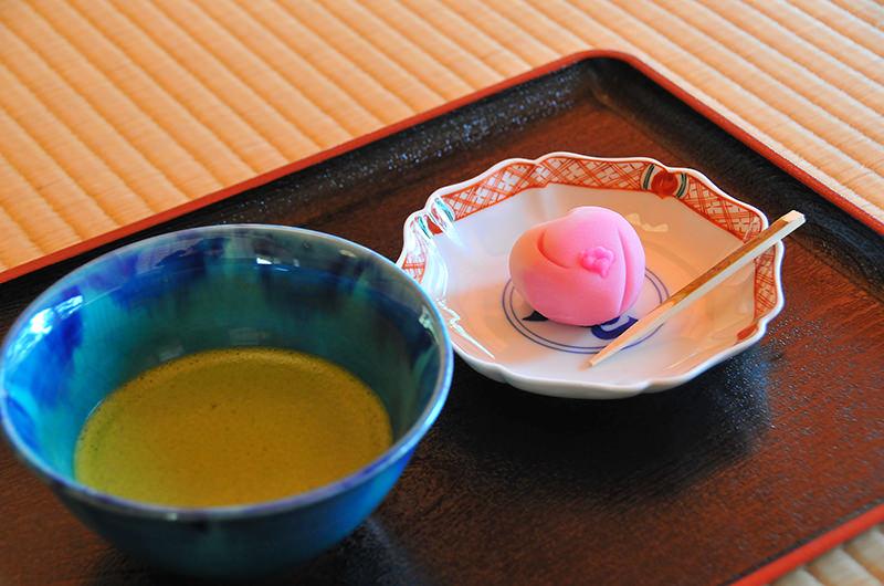抹茶 時雨亭オリジナル上生菓子付き
