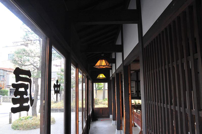 金沢市老舗記念館 館内
