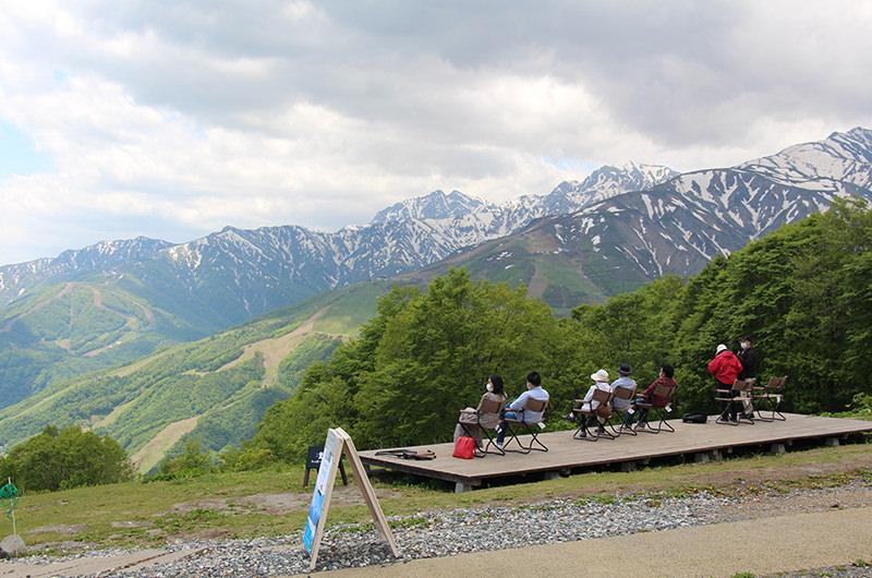 白馬岩岳マウンテンリゾート ヤッホーデッキ