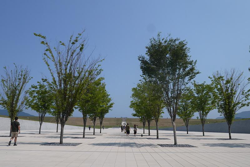高田松原津波復興祈念公園「海を望む場」