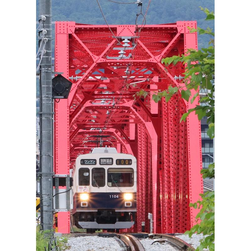千曲川橋梁を渡る別所線